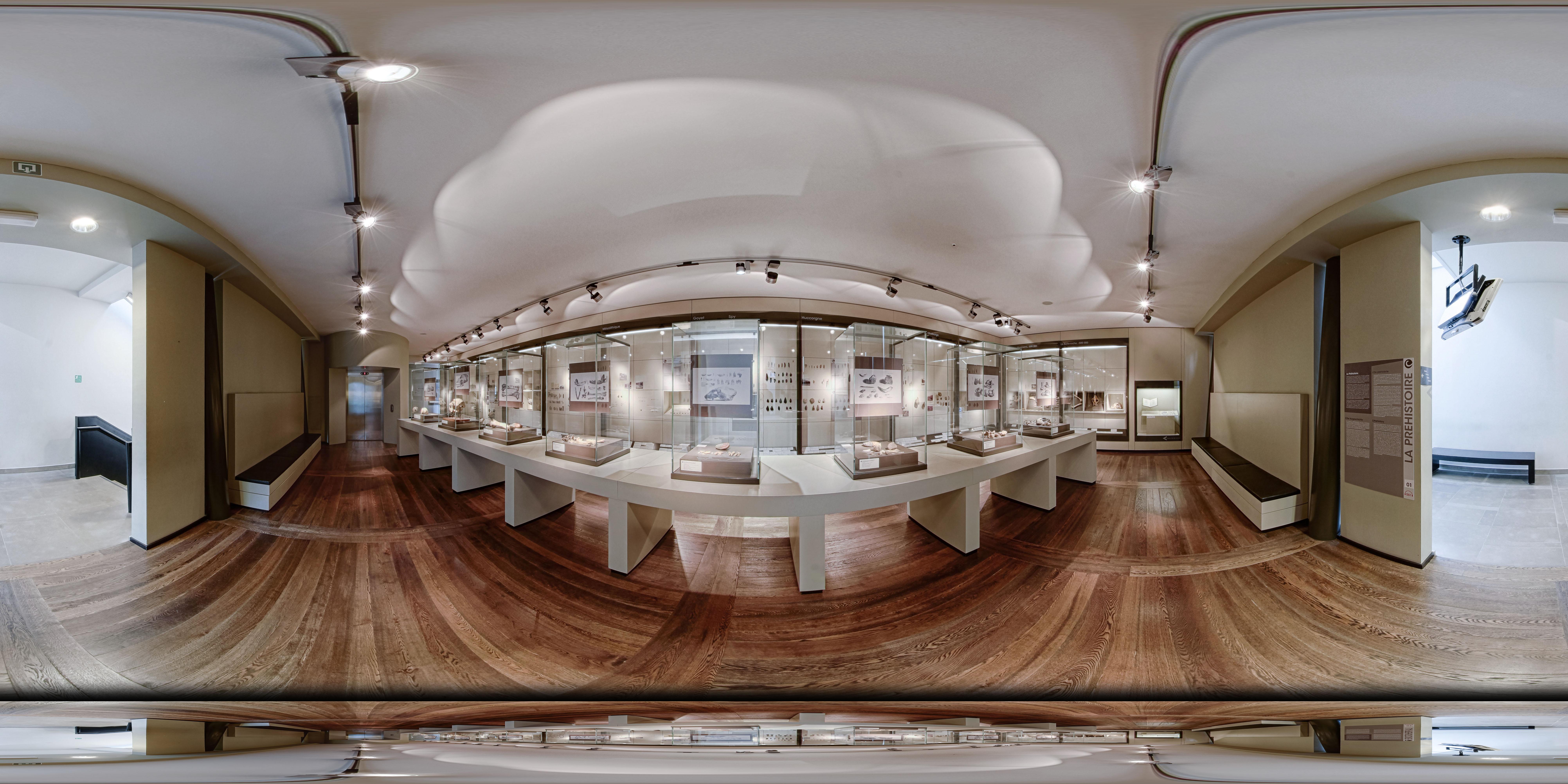 Photo à 360° de la salle de la Préhistoire prise par le photographe liégeois Thierry Lechanteur